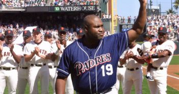 baseball hitting tips from Tony Gwynn