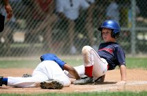 How to choose the best youth baseball league for your kid?